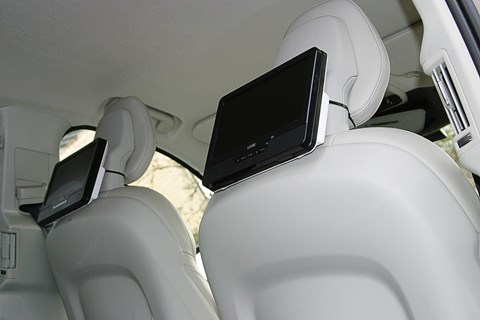 How to lash DVD players to a Volvo XC90: garden ties!