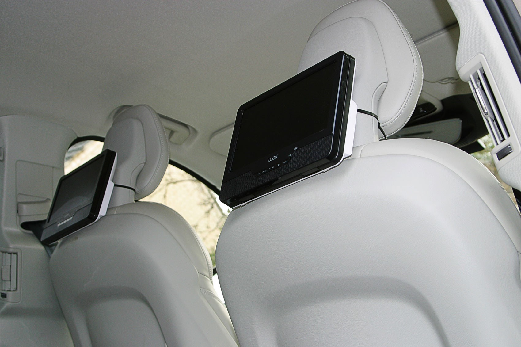 Car seat covers fit Volvo XC90 full set silver//black sport style