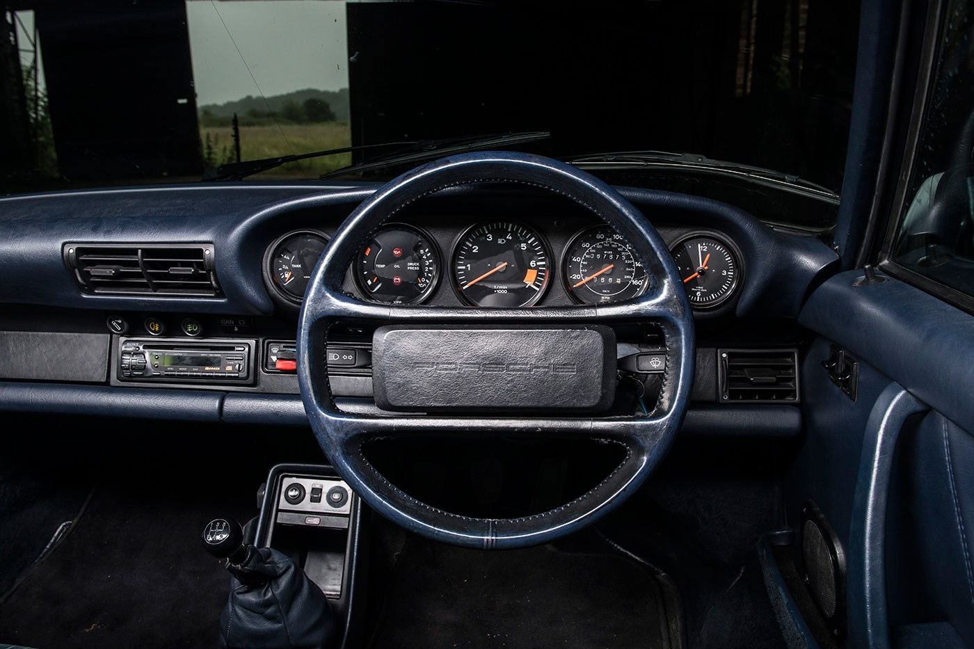 how to buy the perfect porsche 911 the 3 2 carrera car archive 2013 by car magazine. Black Bedroom Furniture Sets. Home Design Ideas