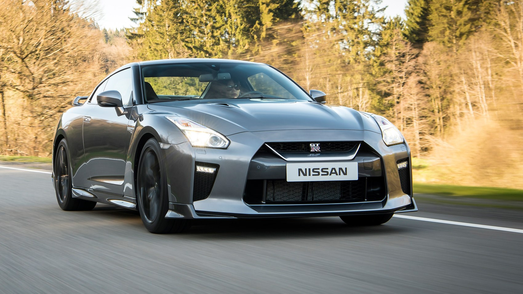 nissan gt r 2016 review by car magazine. Black Bedroom Furniture Sets. Home Design Ideas