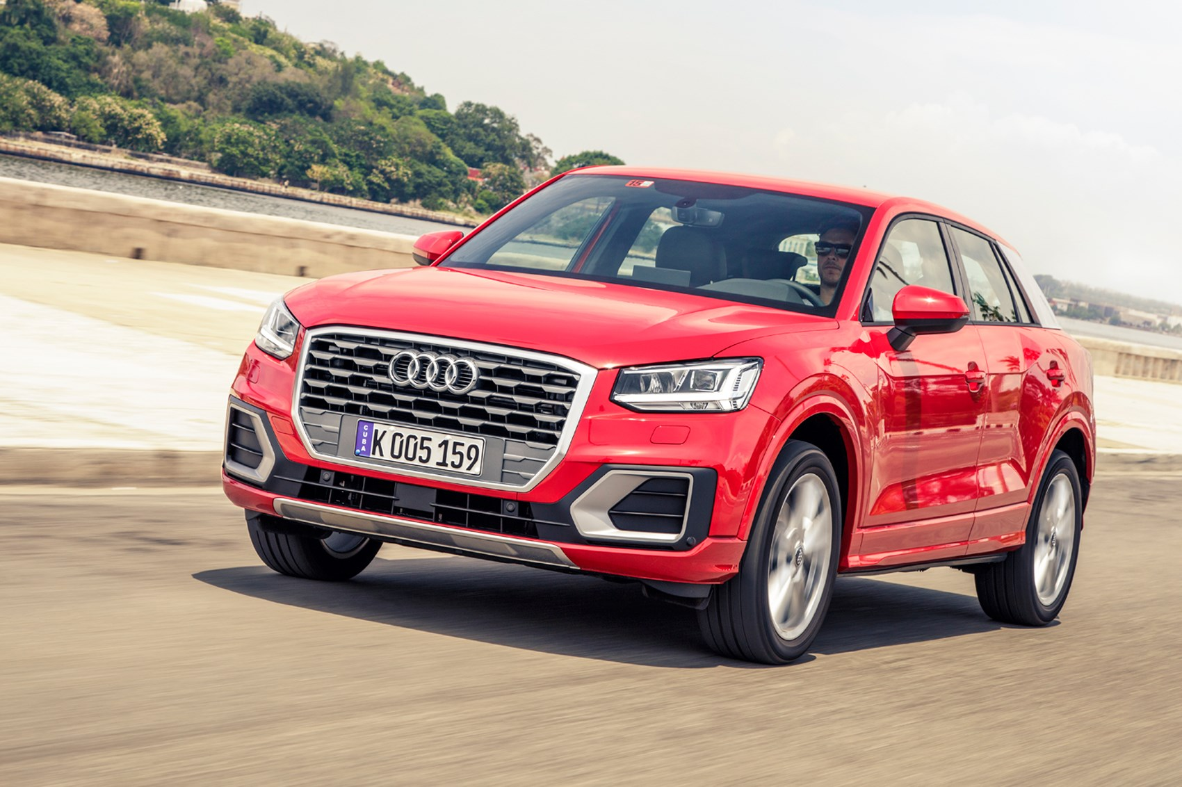 audi q2 1 4 tsi 2016 review by car magazine. Black Bedroom Furniture Sets. Home Design Ideas