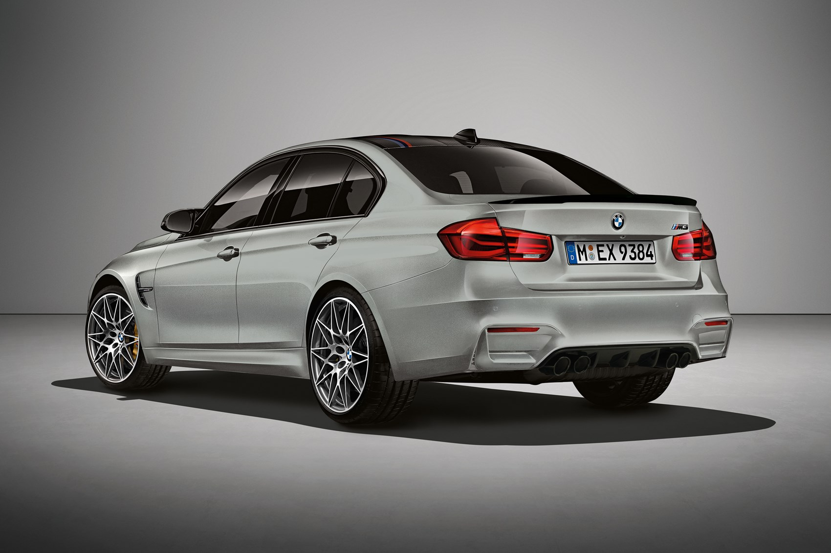 bmw m3 hits 30 celebrates with 444bhp m3 30 jahre edition. Black Bedroom Furniture Sets. Home Design Ideas