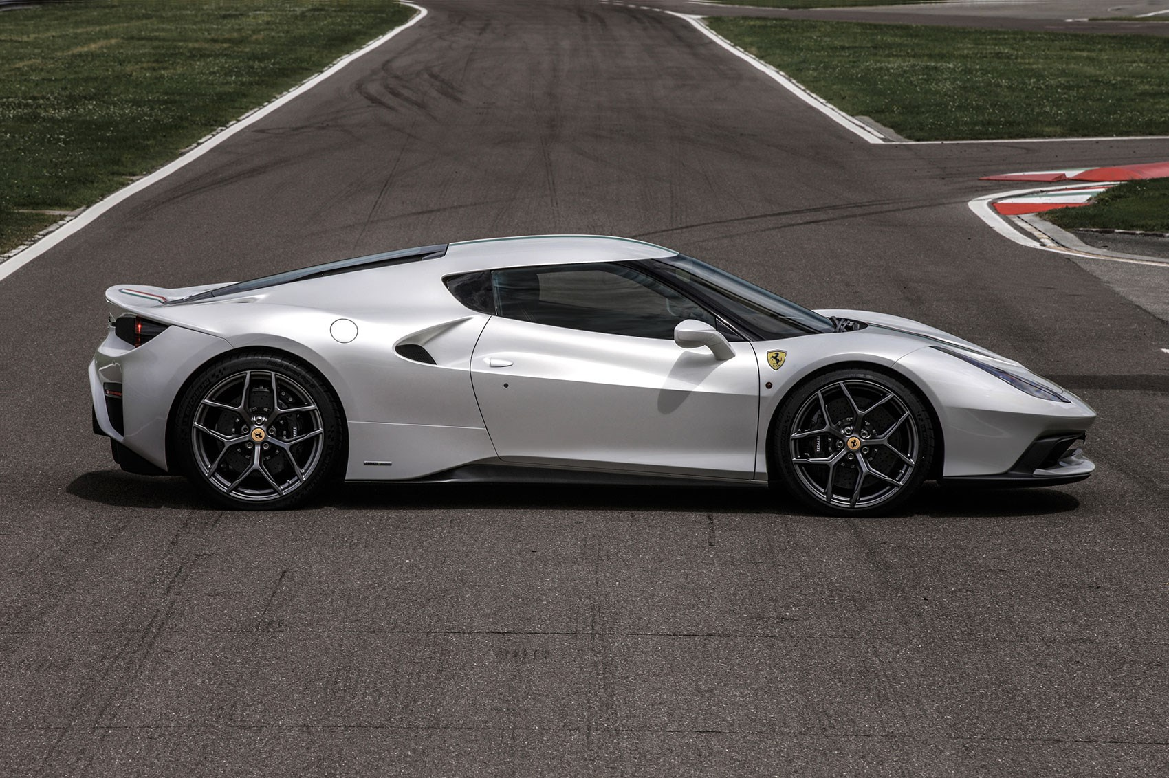 ferrari builds another car you cant have new ferrari 458 mm speciale revealed - 2016 Ferrari 458 Replacement