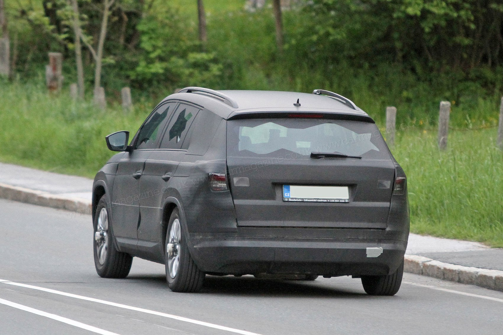 skoda kodiaq suv stretches czechs into crossover space by car magazine. Black Bedroom Furniture Sets. Home Design Ideas