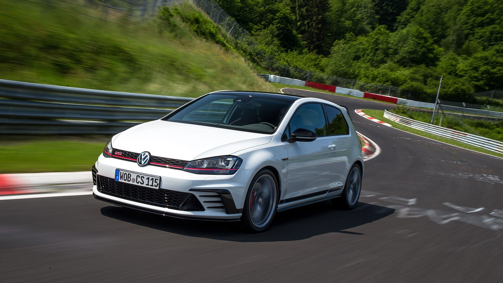 Golf Clubsport S >> Vw Golf Gti Clubsport S 2016 Review Car Magazine