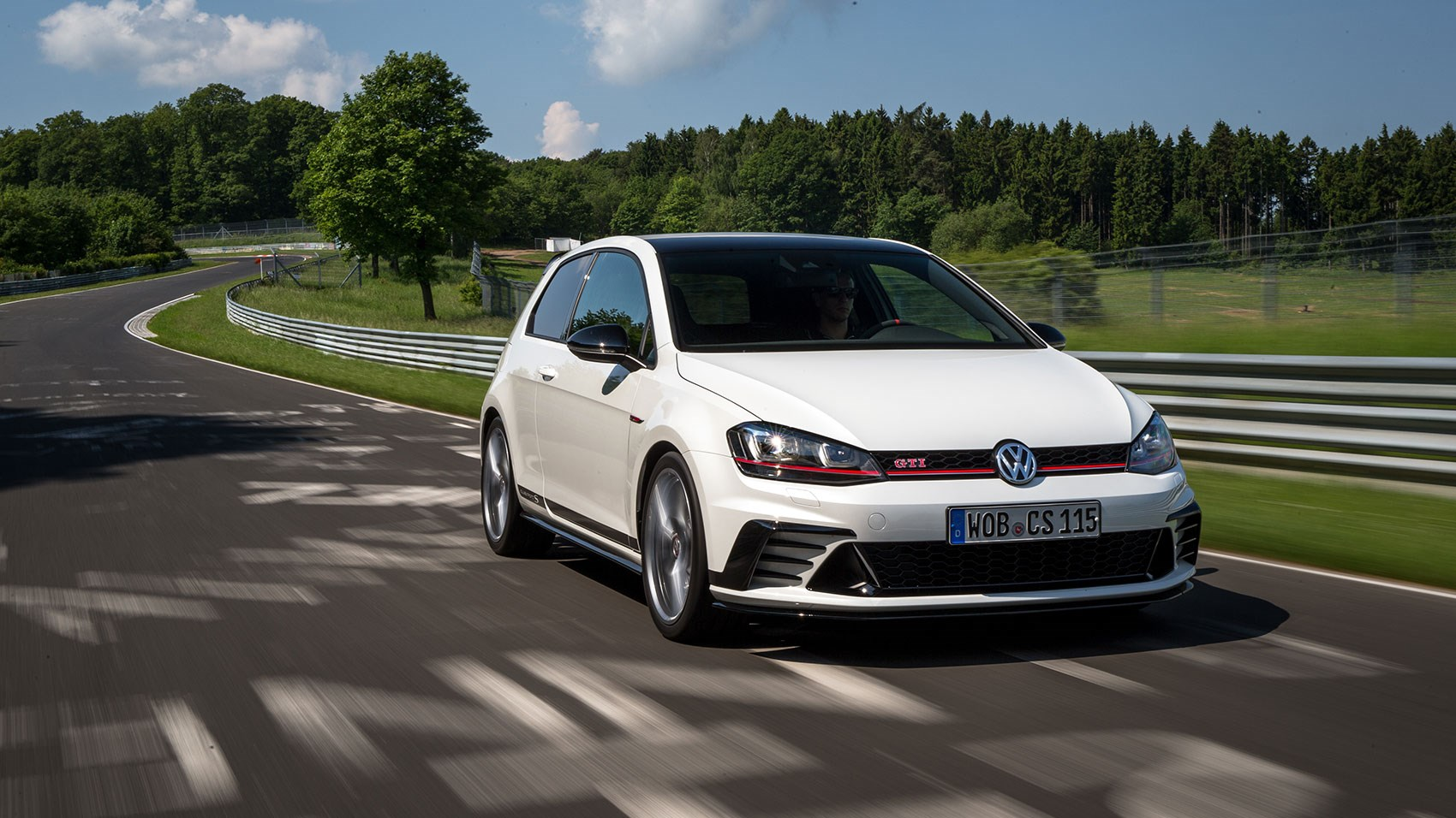vw golf gti clubsport s 2016 review car magazine. Black Bedroom Furniture Sets. Home Design Ideas
