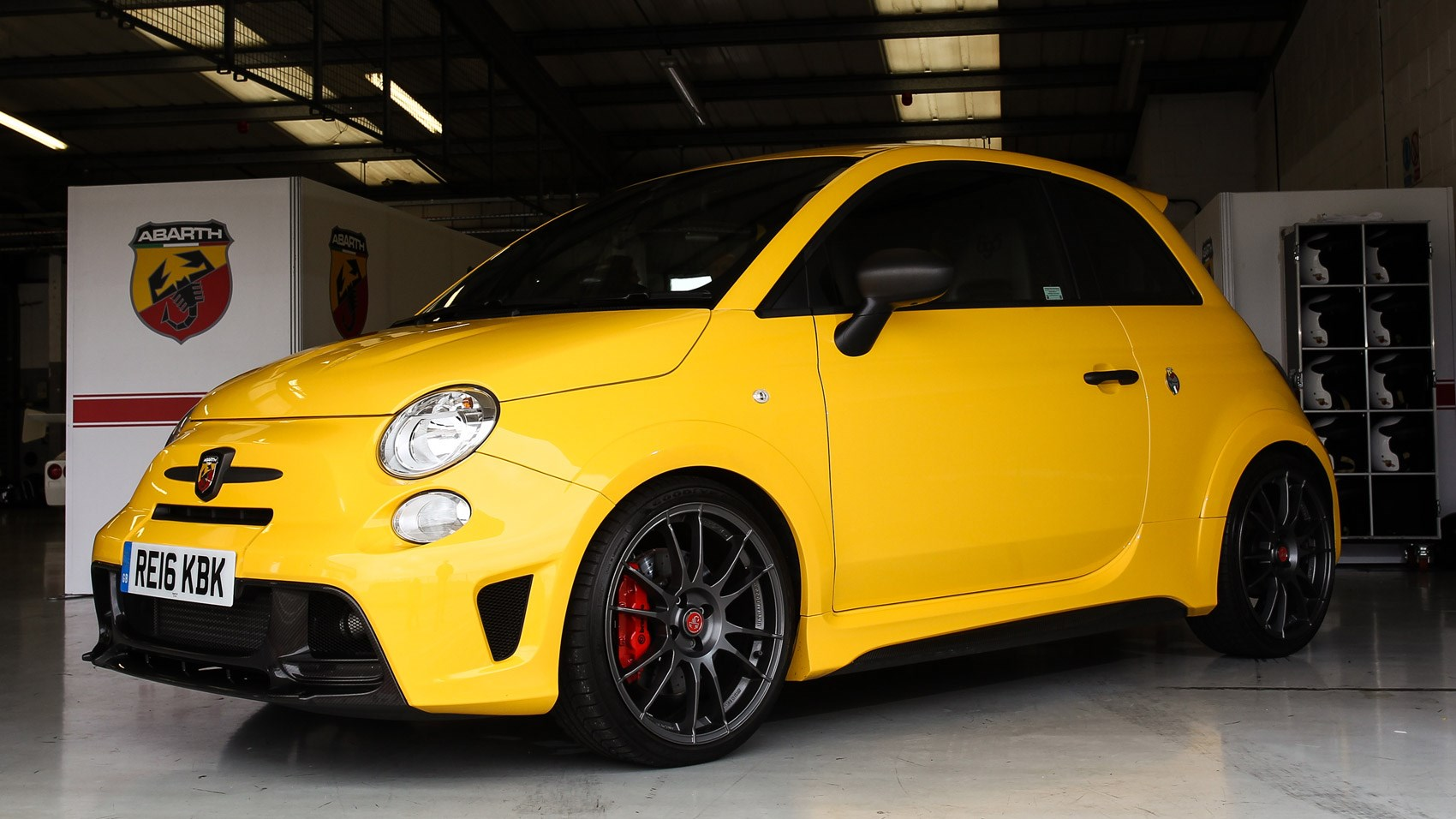 Abarth 695 Biposto Record (2016) review by CAR Magazine