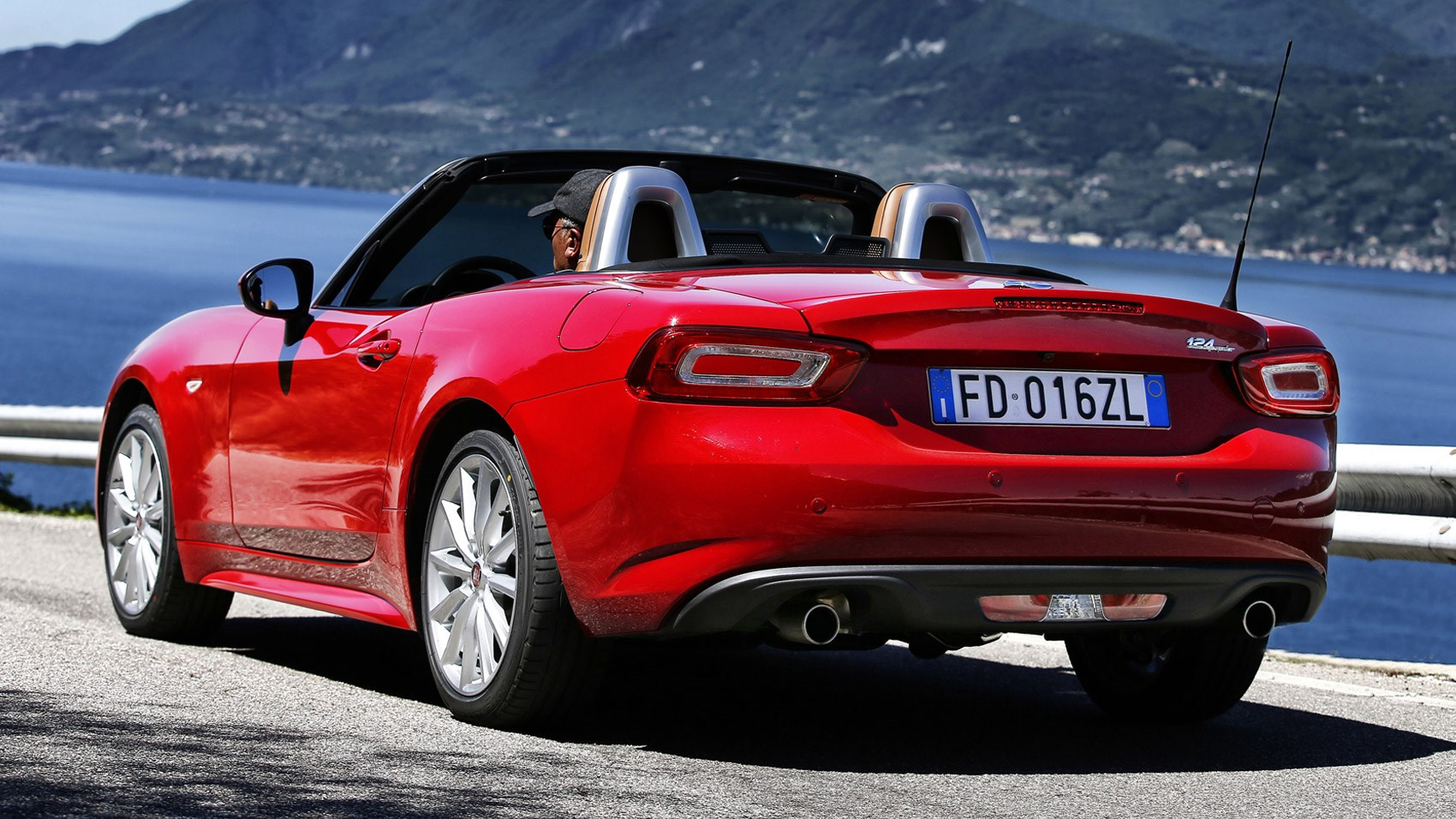Fiat 124 Spider 2018 Review We Drive The S Design Car Magazine