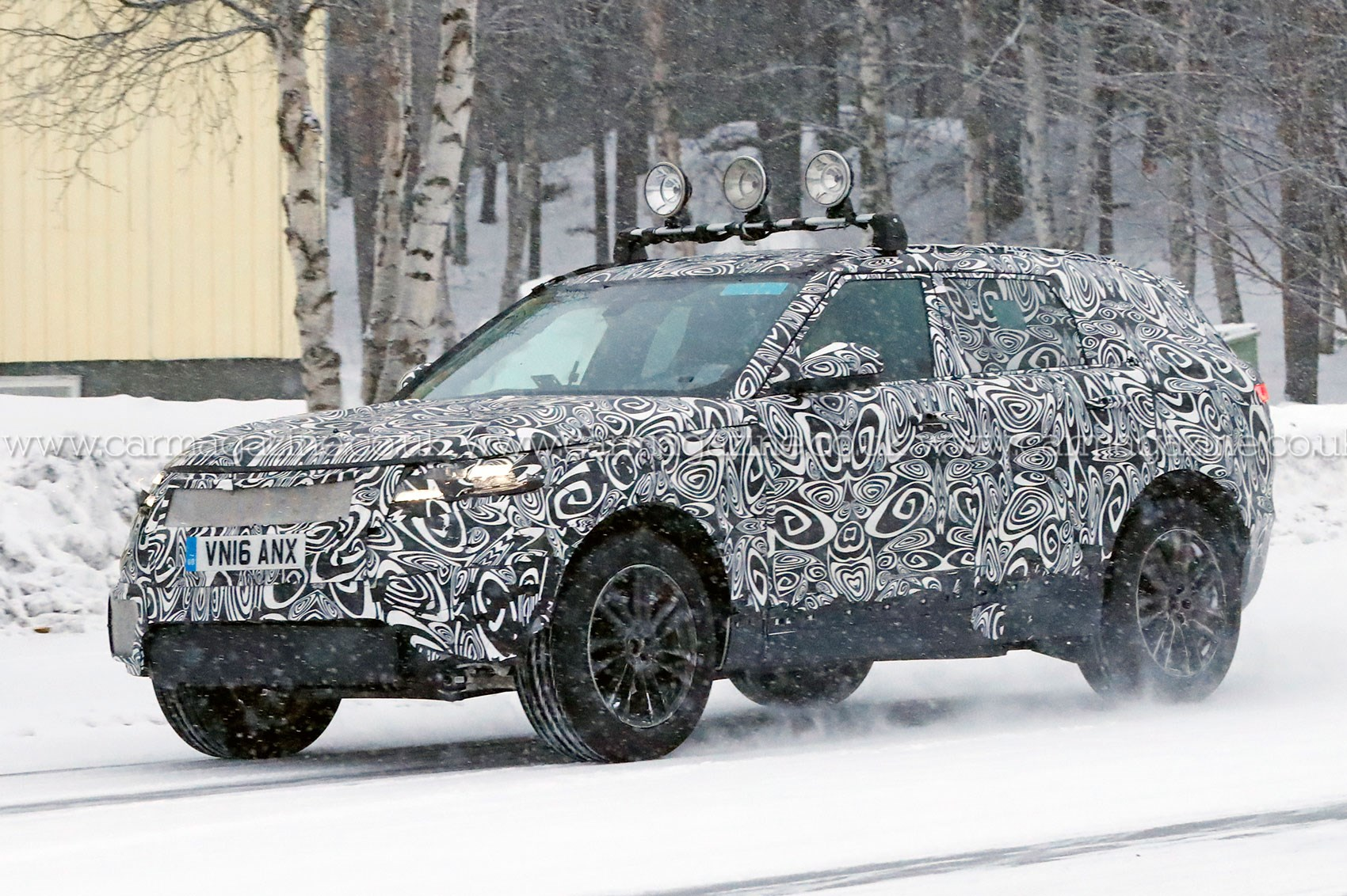Land Rover Models >> Fourth Range Rover Model Scooped Latest News On Land Rover S X6