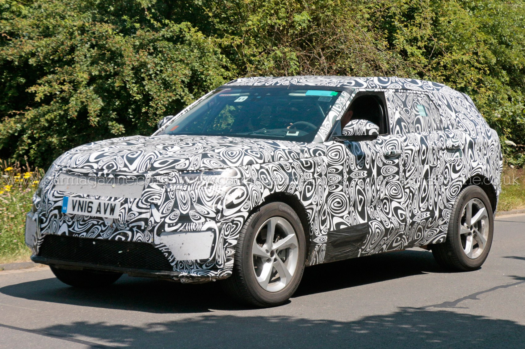 Fourth Range Rover Model Scooped Latest News On Land