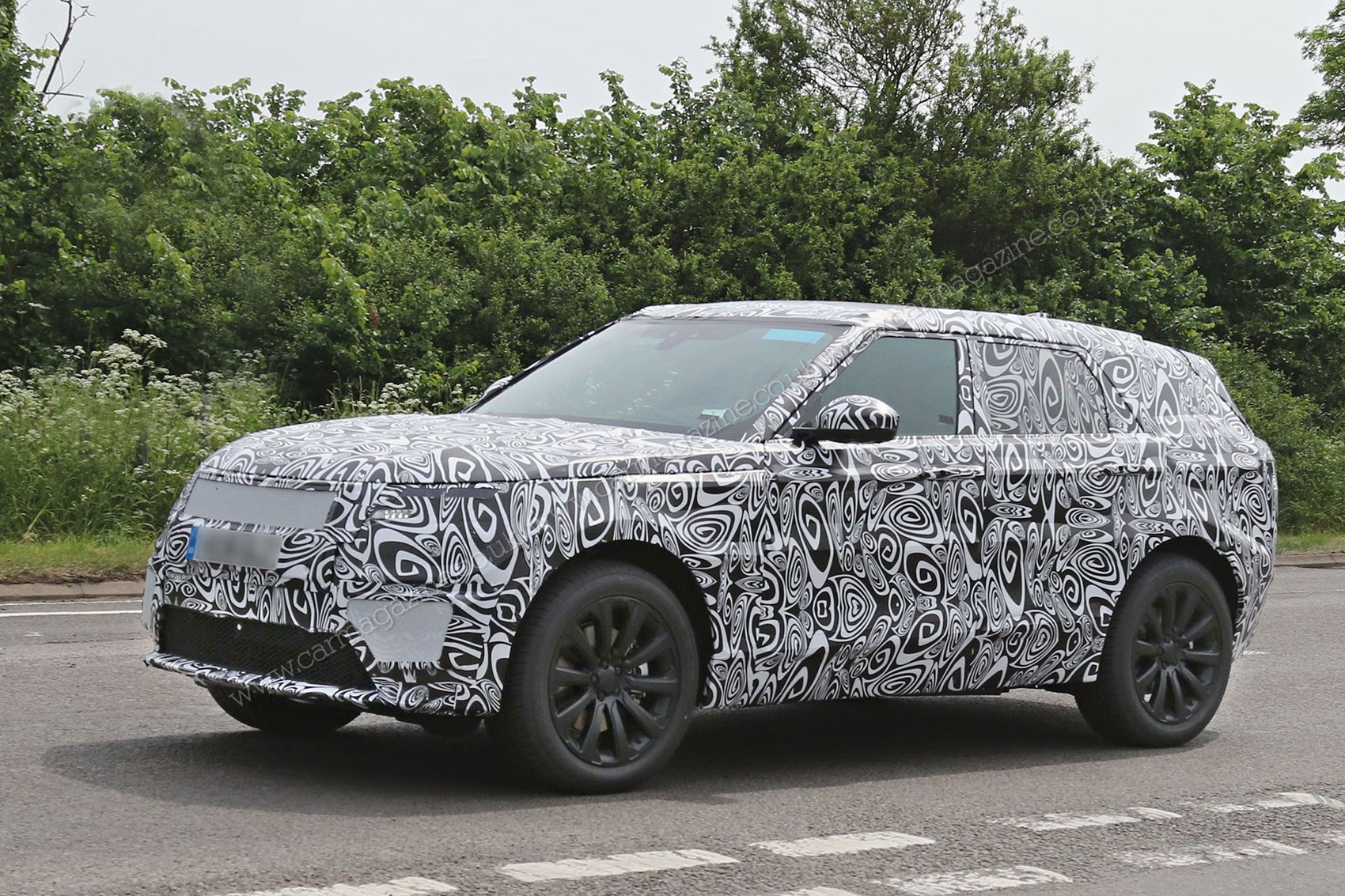 Fourth Range Rover model scooped latest news on Land Rover s X6