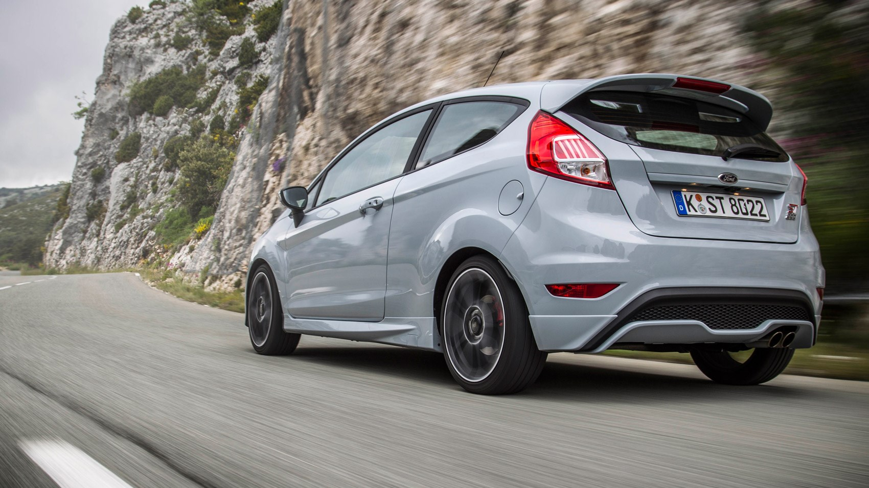 Ford Fiesta St200 2016 Review By Car Magazine