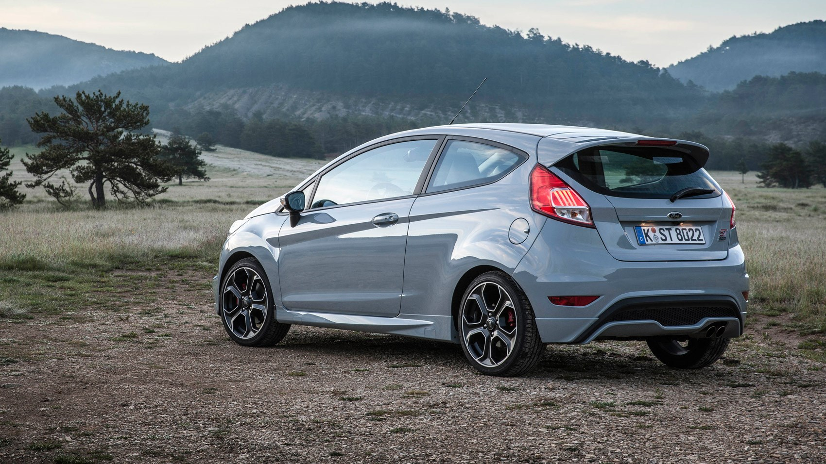 ford fiesta st200 2016 review car magazine. Black Bedroom Furniture Sets. Home Design Ideas