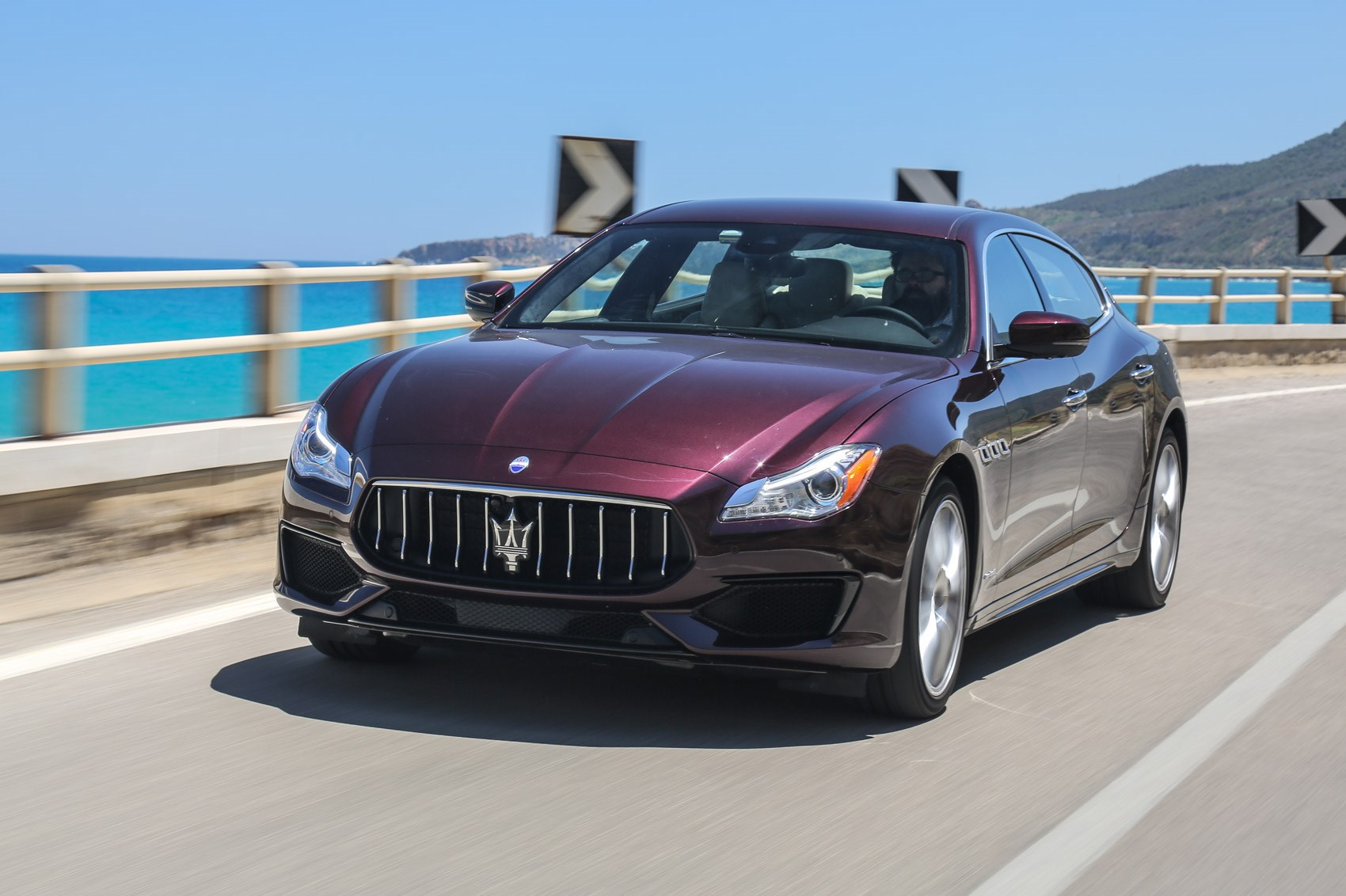 Maserati Quattroporte GranSport S (2016) review by CAR Magazine