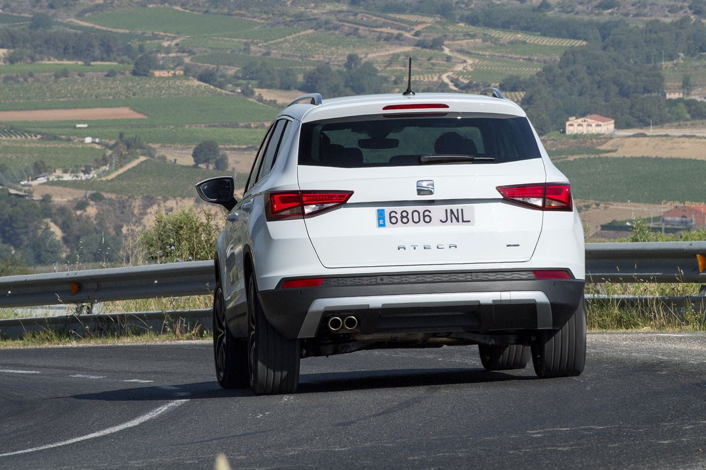 Chrysler Lamborghini >> Seat Ateca 1.4 TSI Xcellence (2016) review by CAR Magazine