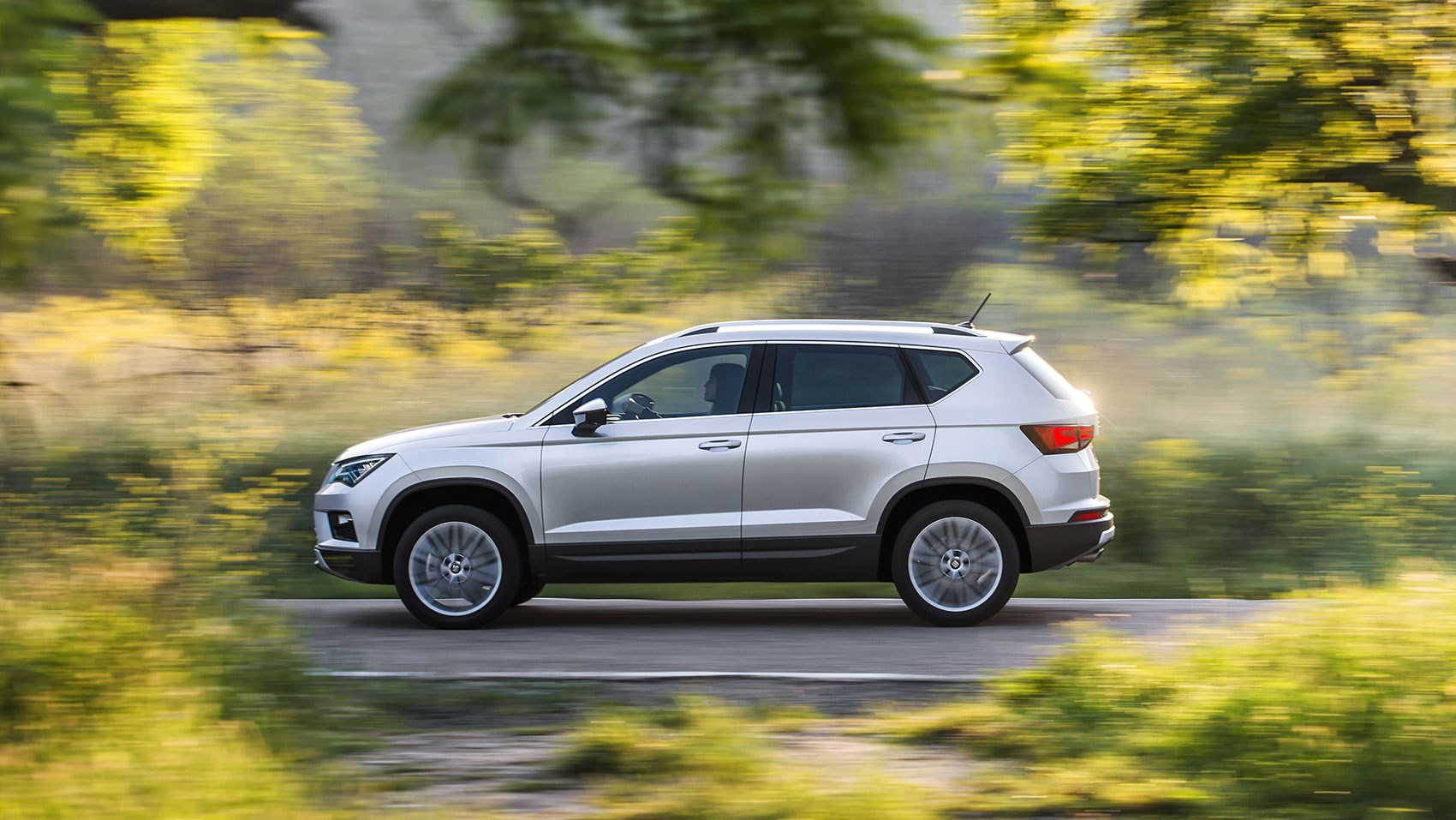 seat ateca 1 4 tsi xcellence 2016 review by car magazine. Black Bedroom Furniture Sets. Home Design Ideas
