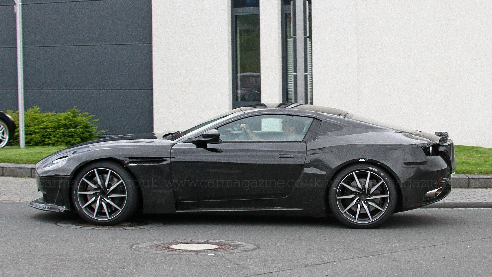 New 2018 Aston Martin Vantage Pics Specs Prices Car