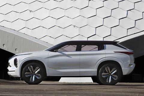 2016 GT-PHEV concept