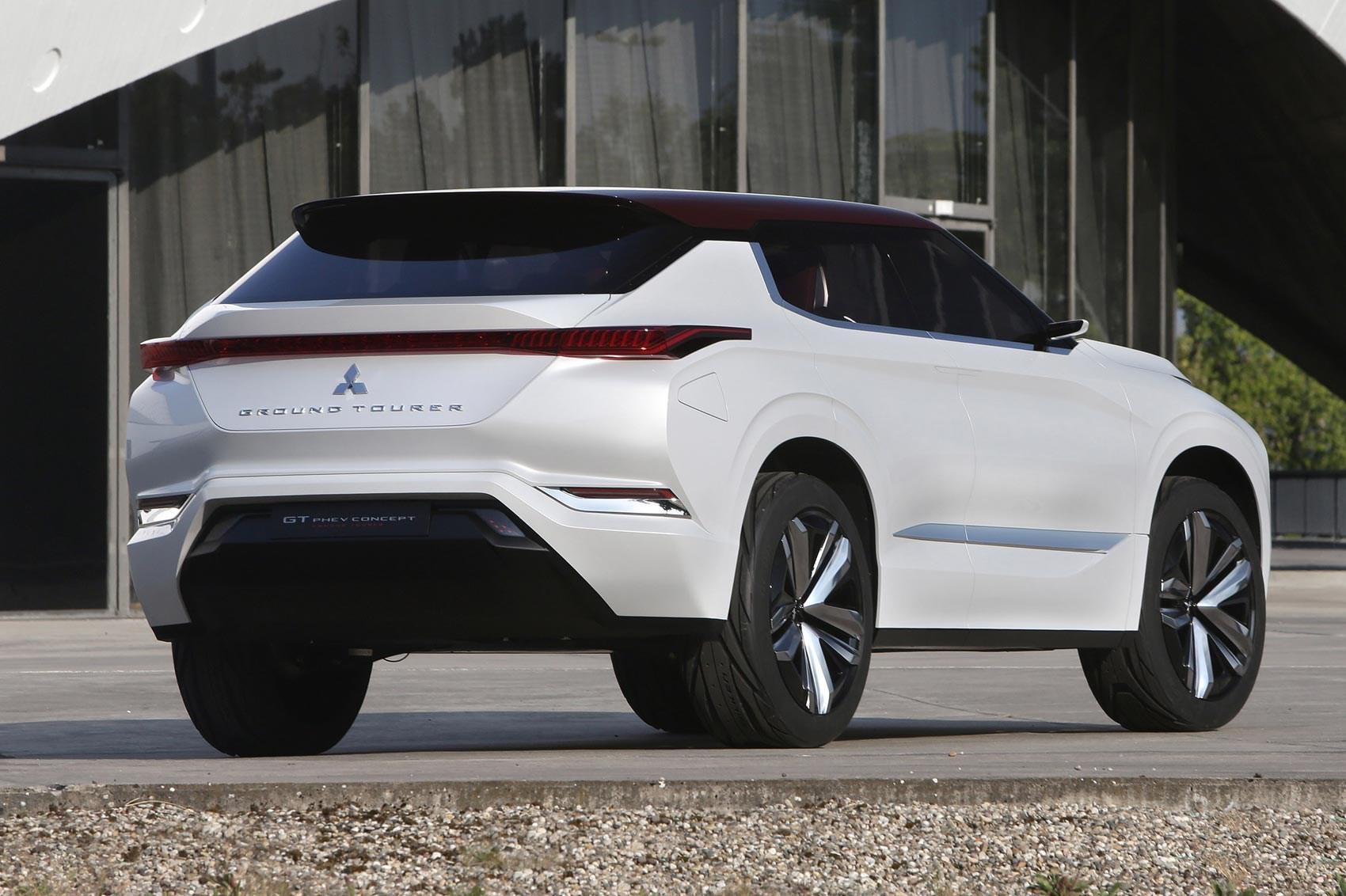 triple play: mitsubishi gt-phev concept revealed at paris 2016 | car