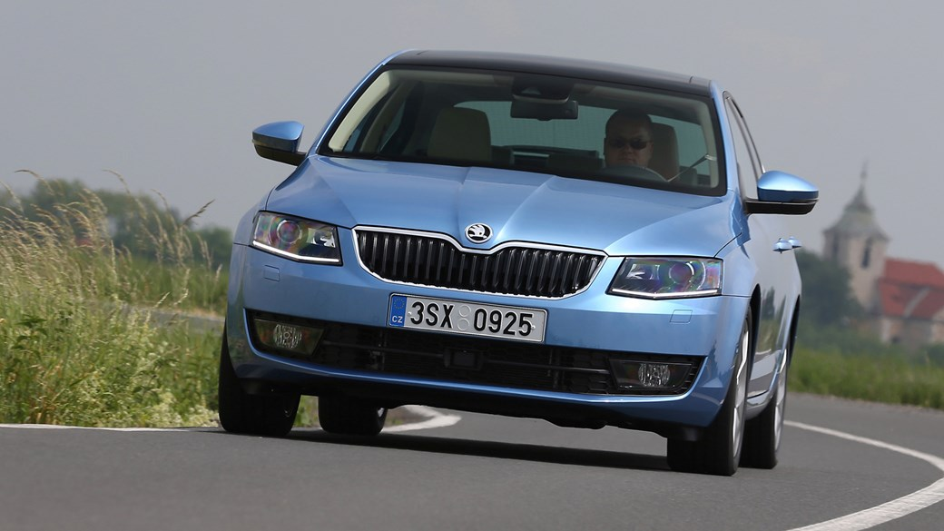 skoda octavia 1.0 tsi se (2016) review | car magazine