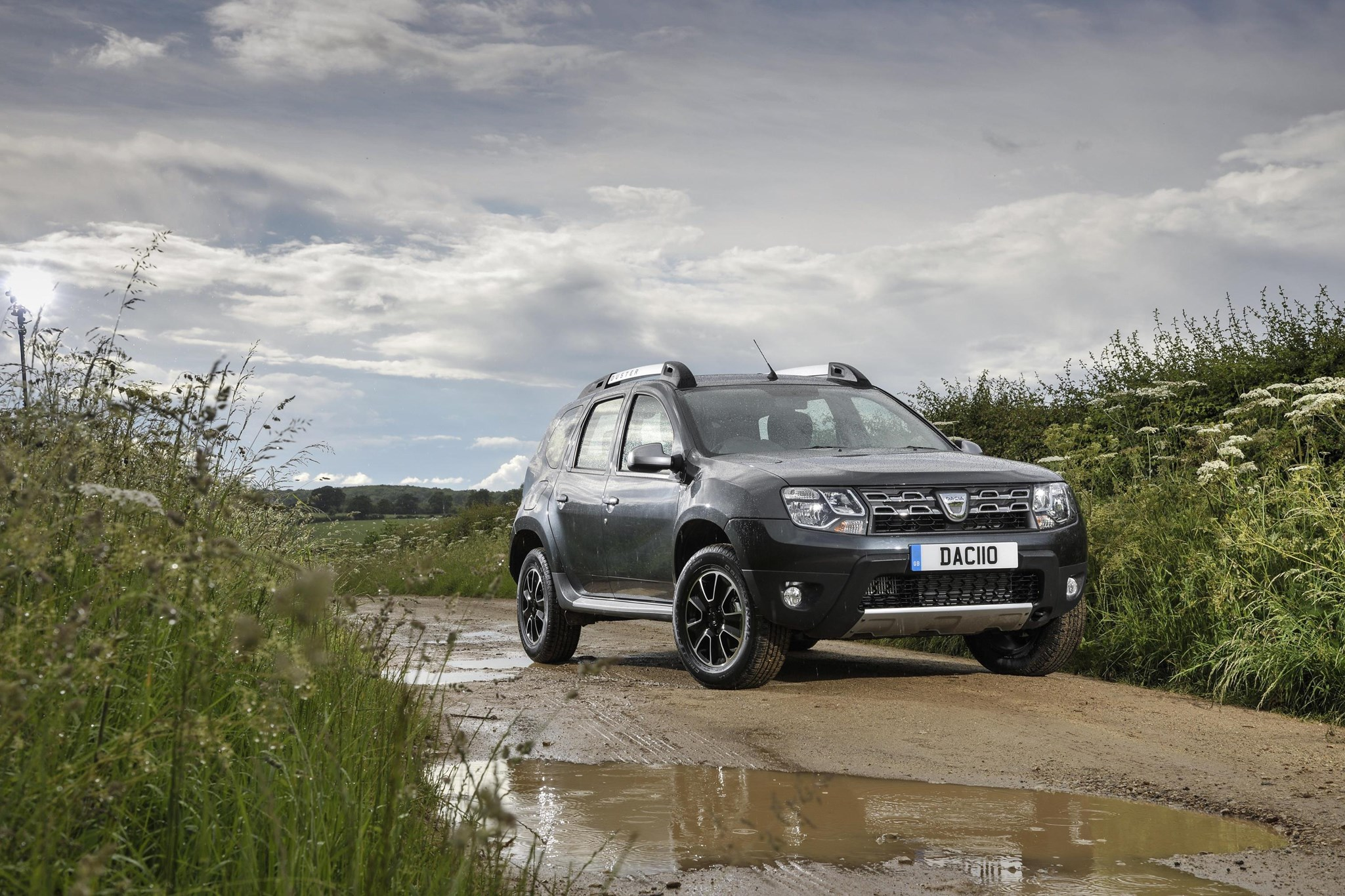 a car for our times austerity brand dacia notches up 4m sales by car magazine. Black Bedroom Furniture Sets. Home Design Ideas