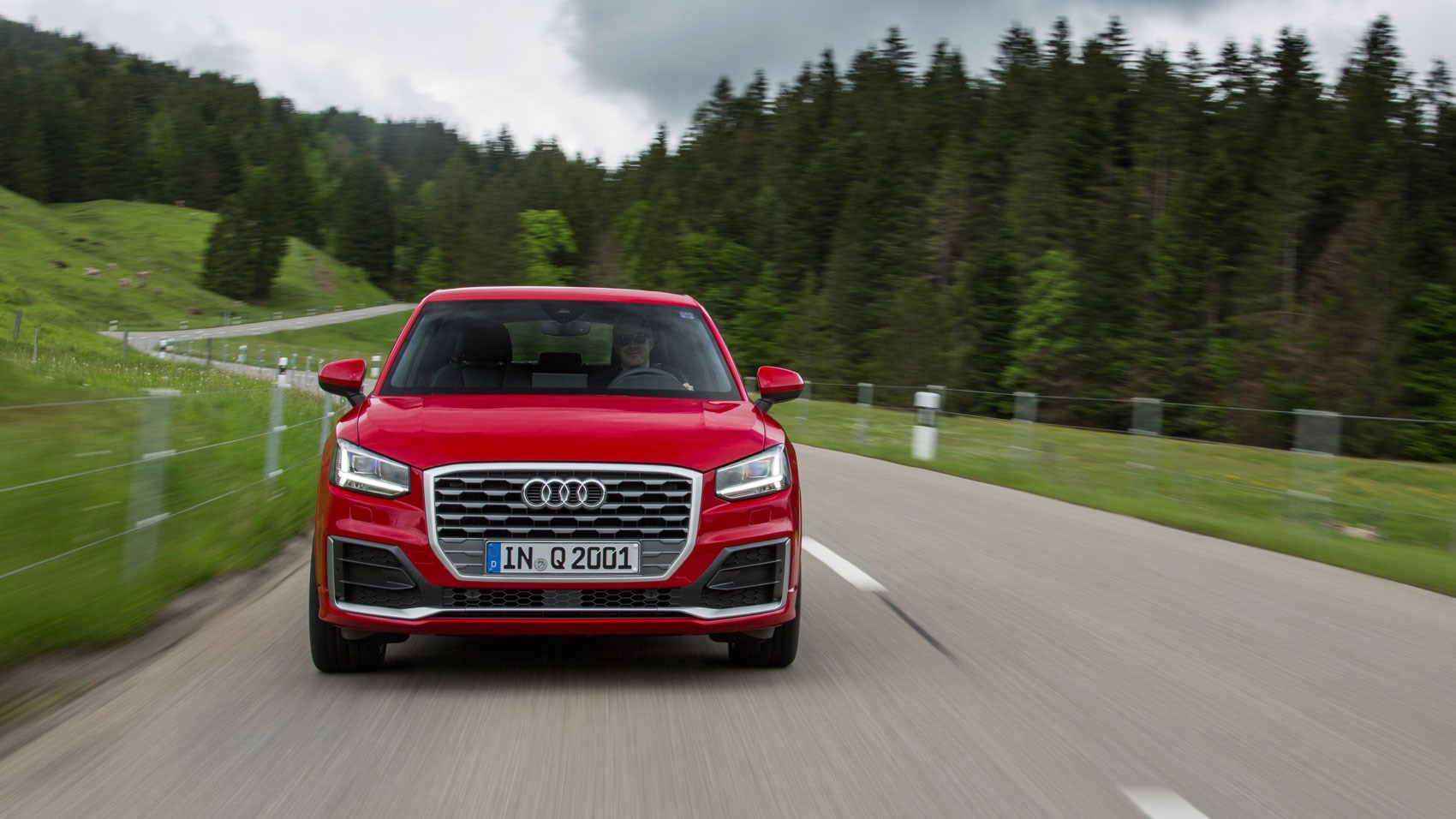 audi q2 1 6 tdi sport 2016 review by car magazine. Black Bedroom Furniture Sets. Home Design Ideas
