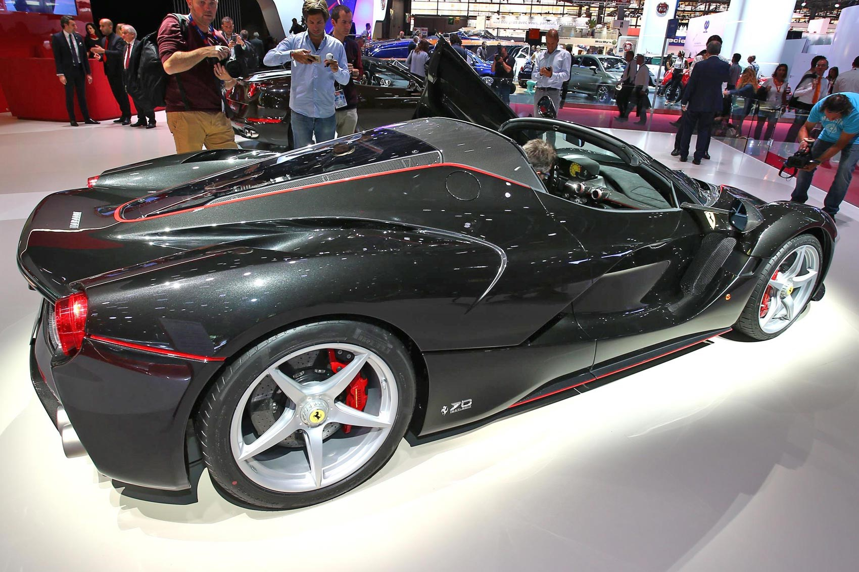 Laferrari Aperta At Paris 2016 Details And Pictures Of