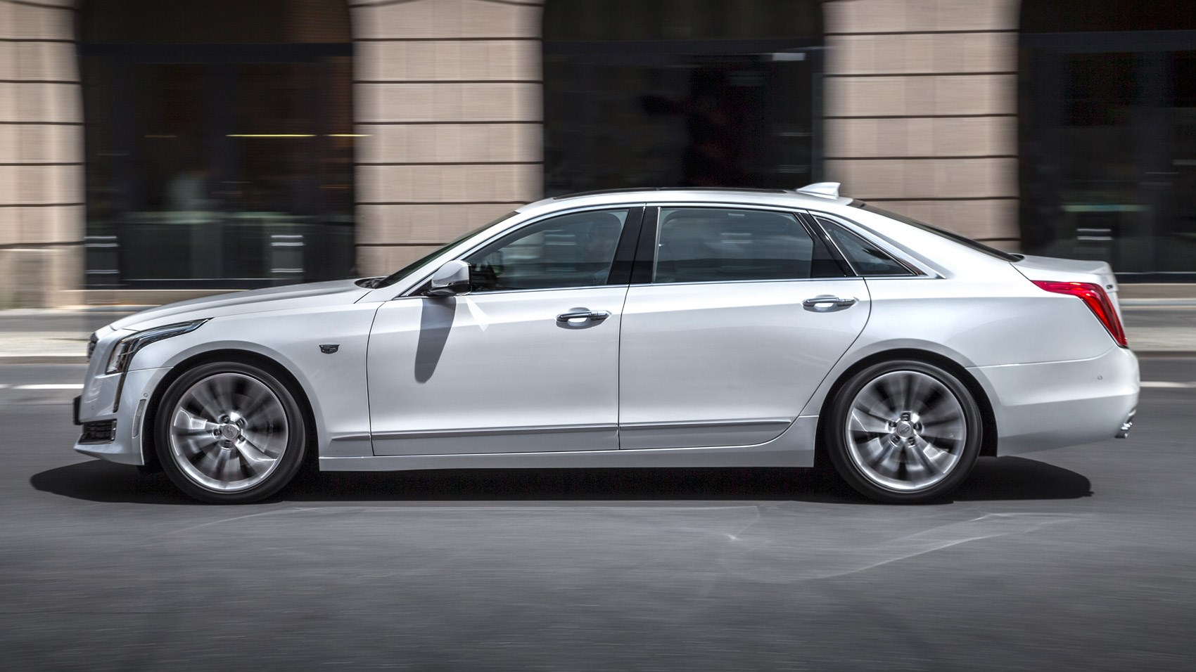Cadillac CT6 Platinum (2016) review by CAR Magazine