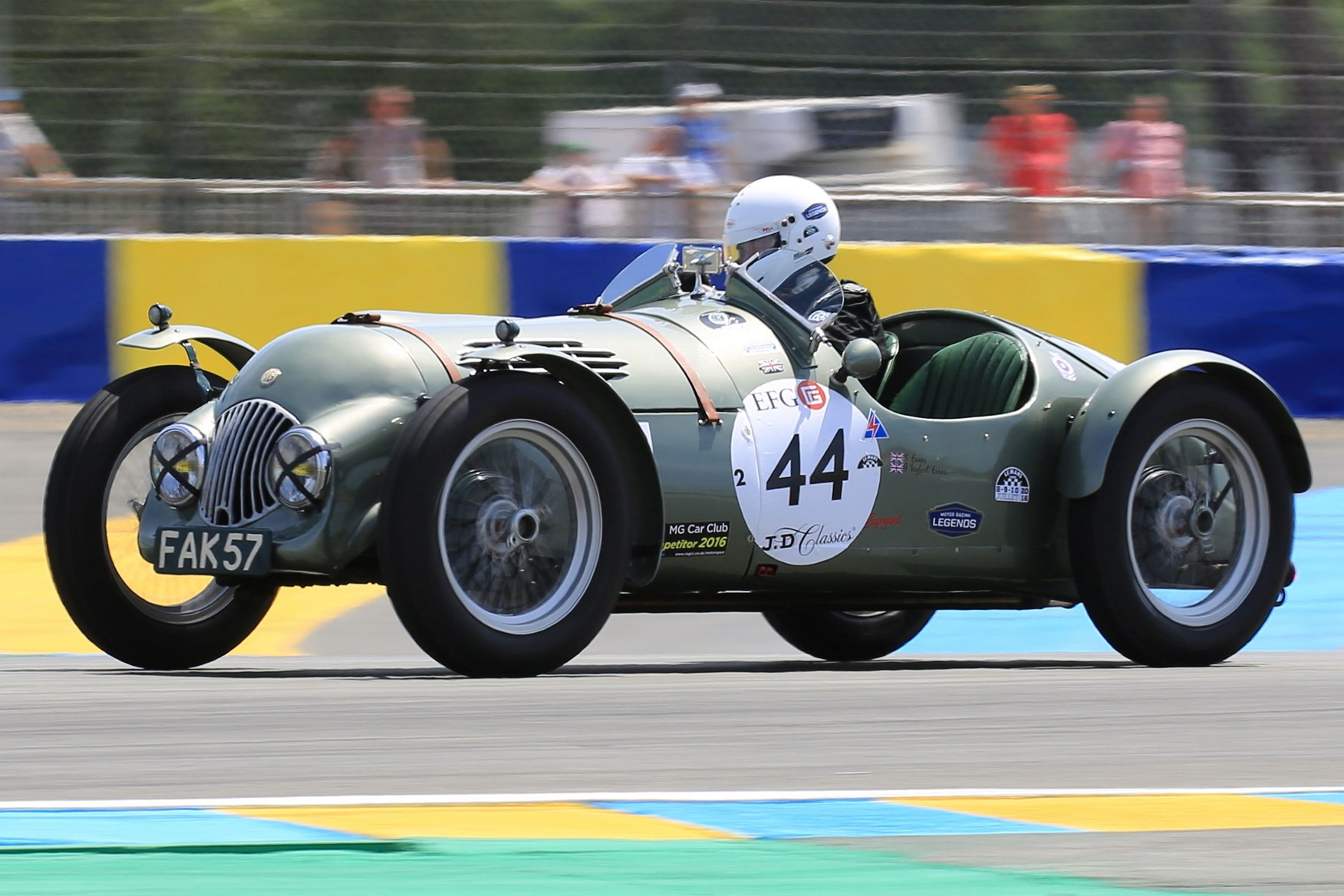 Le Mans Heat Fak 57 A Very Elegant Kind Of Old School Racer