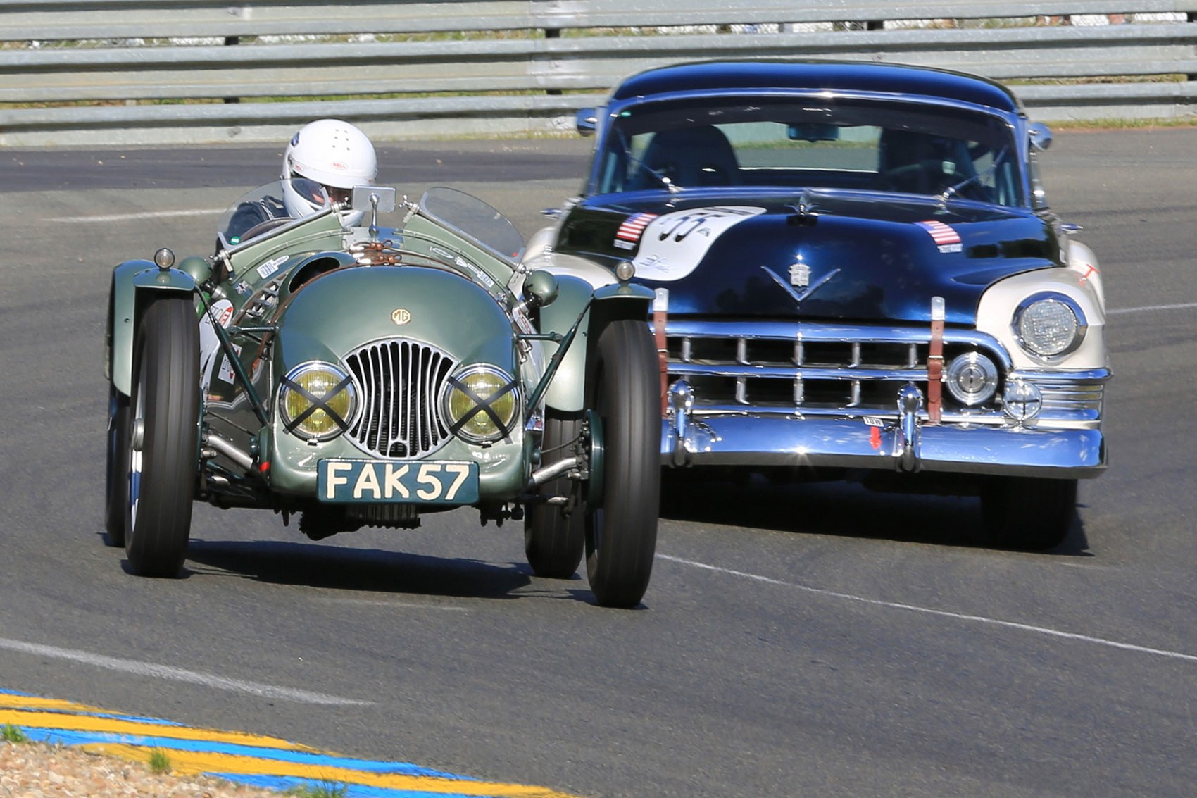 Schedule of classic and vintage car races