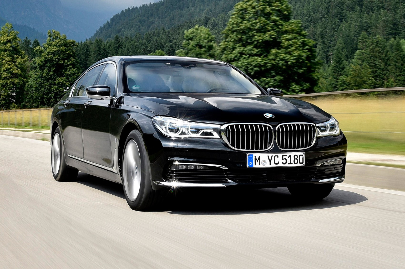 bmw 7 series 740le xdrive iperformance 2016 review by car magazine. Black Bedroom Furniture Sets. Home Design Ideas