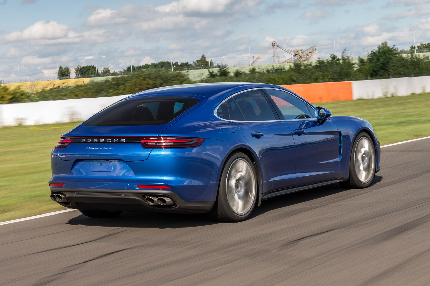 new porsche panamera preview 9 things we learned after a day with the pana ii by car magazine. Black Bedroom Furniture Sets. Home Design Ideas