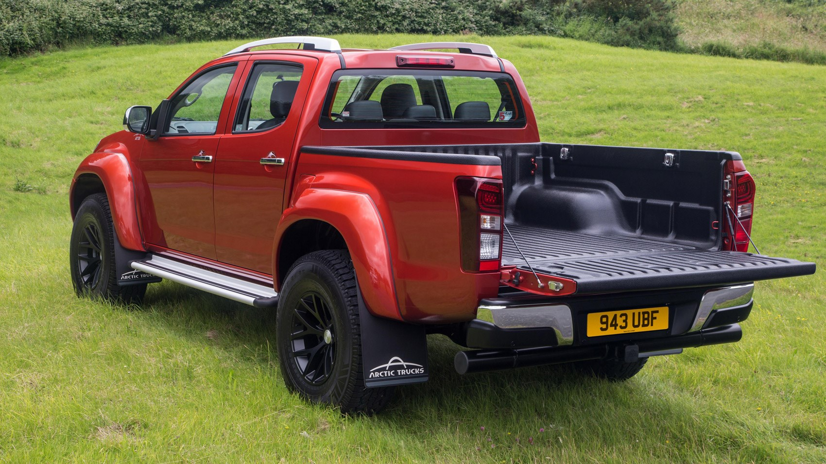 isuzu d max arctic trucks at35 2016 review by car magazine. Black Bedroom Furniture Sets. Home Design Ideas