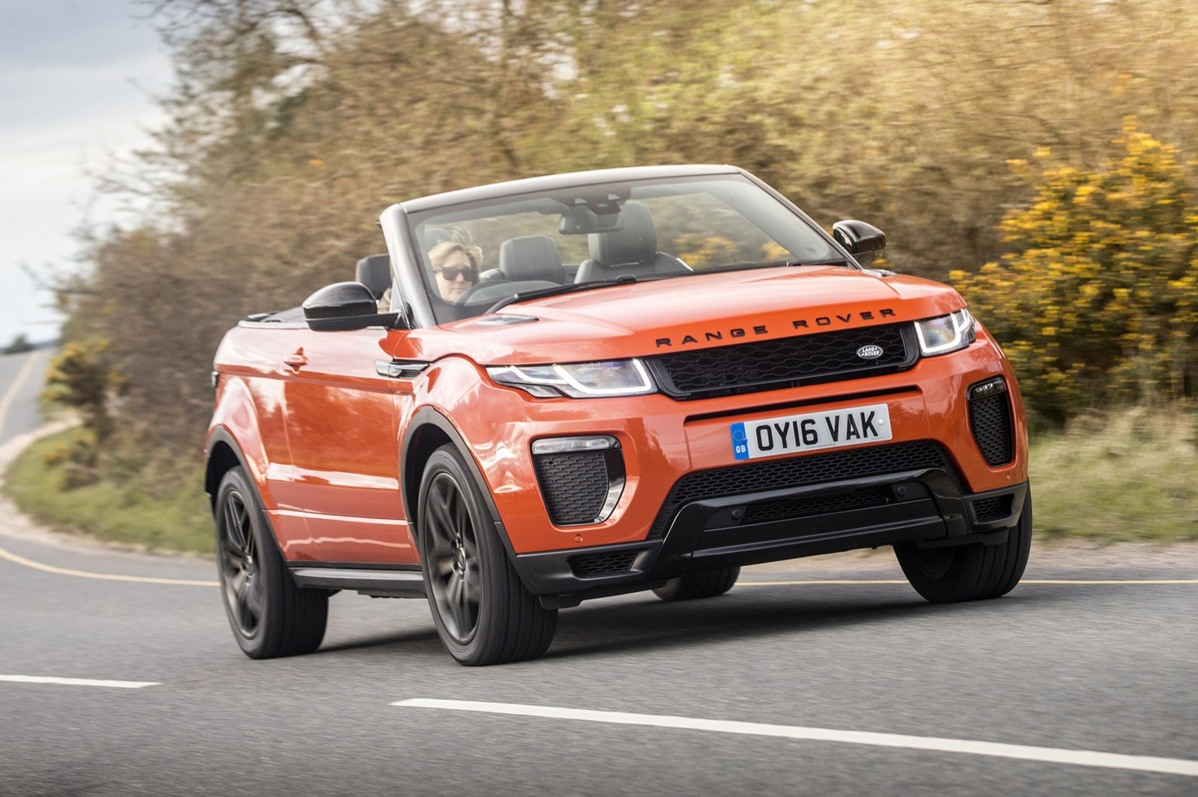 range rover evoque convertible  td hse dynamic  uk review car magazine