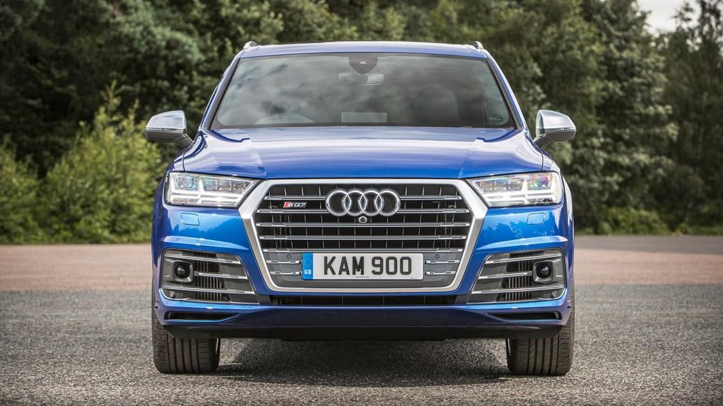 New Audi SQ Review Physicsbending Fun With Cutting Edgetech - Audi sq7