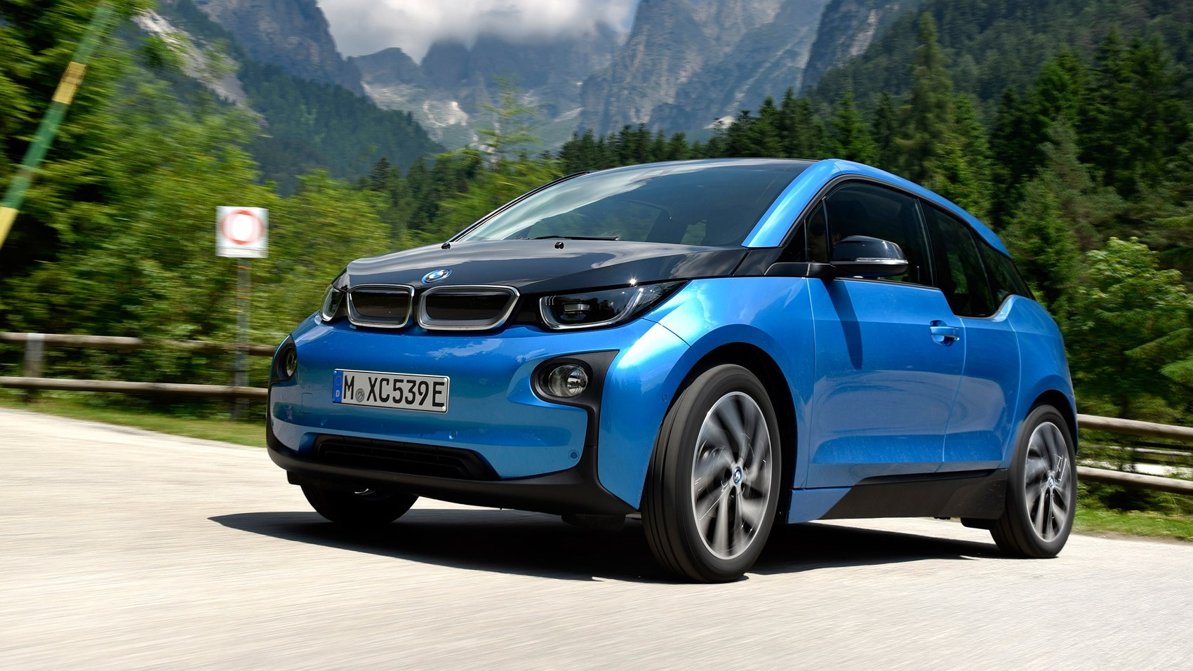 bmw i3 94ah 2016 review car magazine. Black Bedroom Furniture Sets. Home Design Ideas