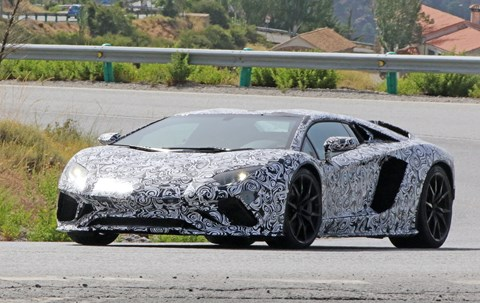 Lamborghini Aventador: that V12 lives on until at least 2022