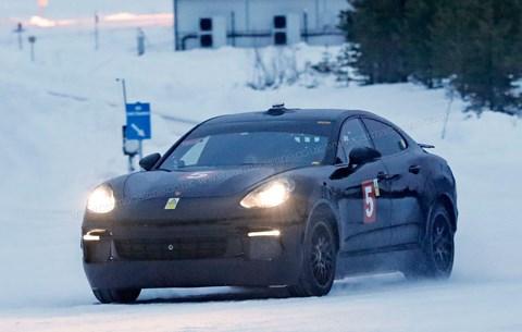 Porsche Cayenne Coupe: bir elektrik crossover