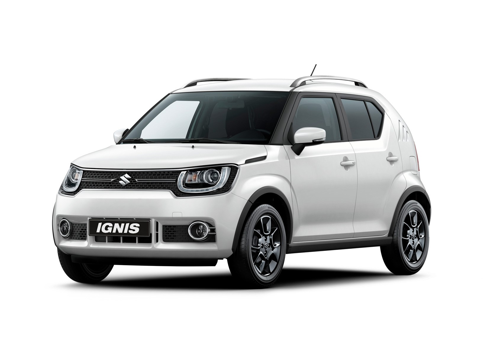 suzuki ignis pumps up the crossover vibe at paris   and s