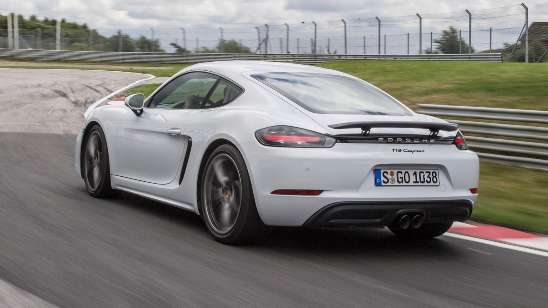 Porsche 718 Cayman Reviews Car And Driver Autos Post