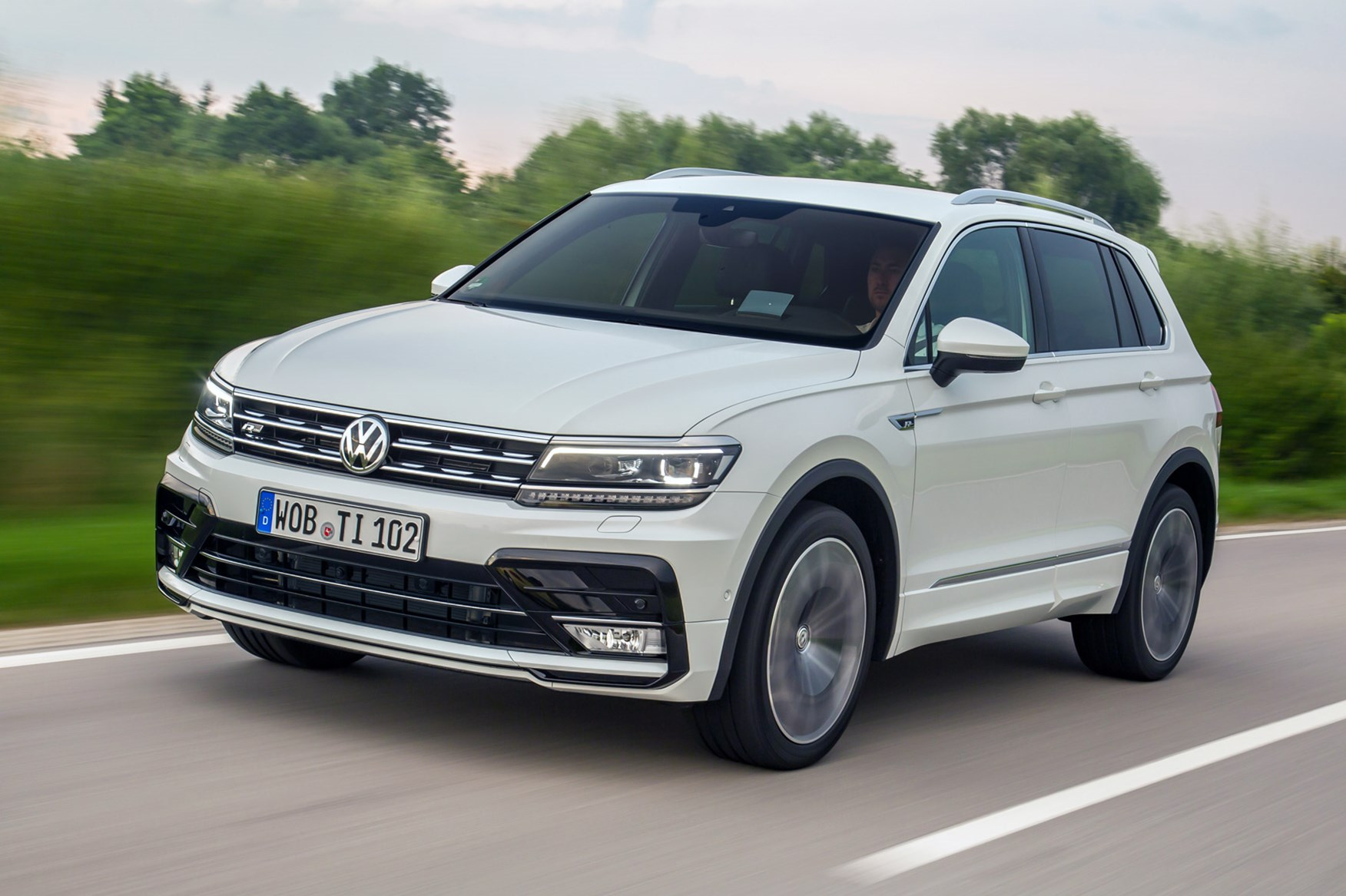 Vw Tiguan 2 0 Bitdi 240 4motion R Line 2016 Review By