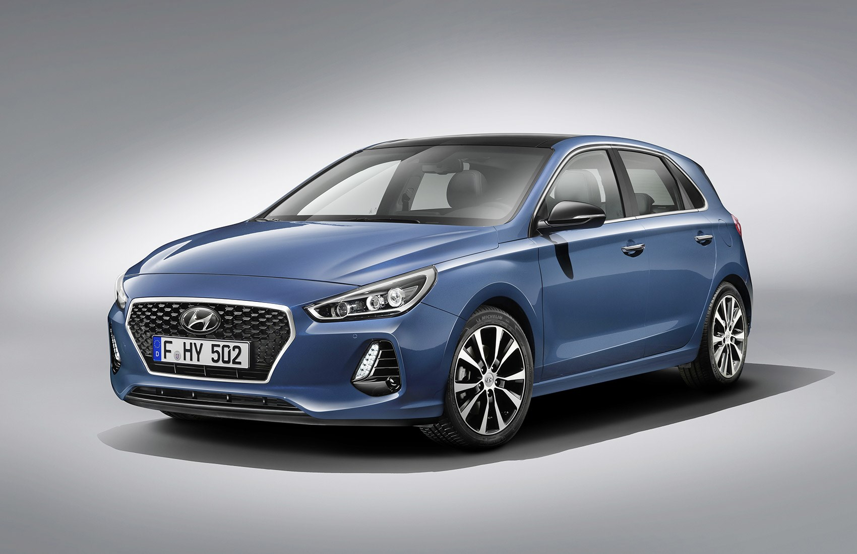 new hyundai i30 the koreans go all euro for new golf rival by car magazine. Black Bedroom Furniture Sets. Home Design Ideas