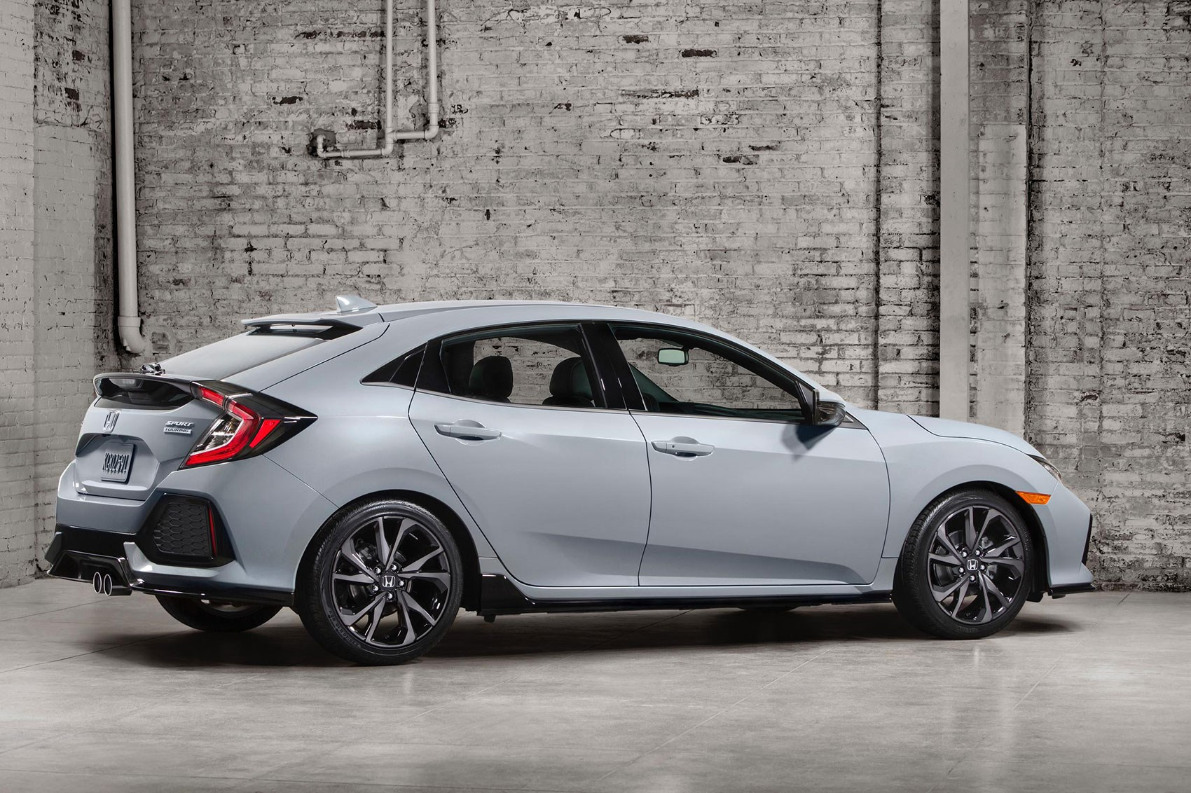 new 2017 honda civic hatchback officially unveiled by car magazine. Black Bedroom Furniture Sets. Home Design Ideas