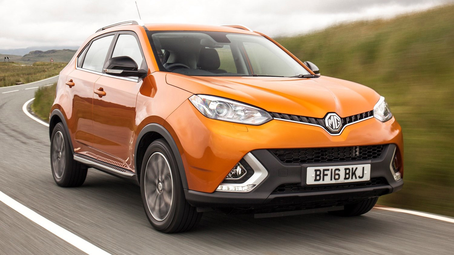 MG GS 1.5 TGI Exclusive (2016) review by CAR Magazine
