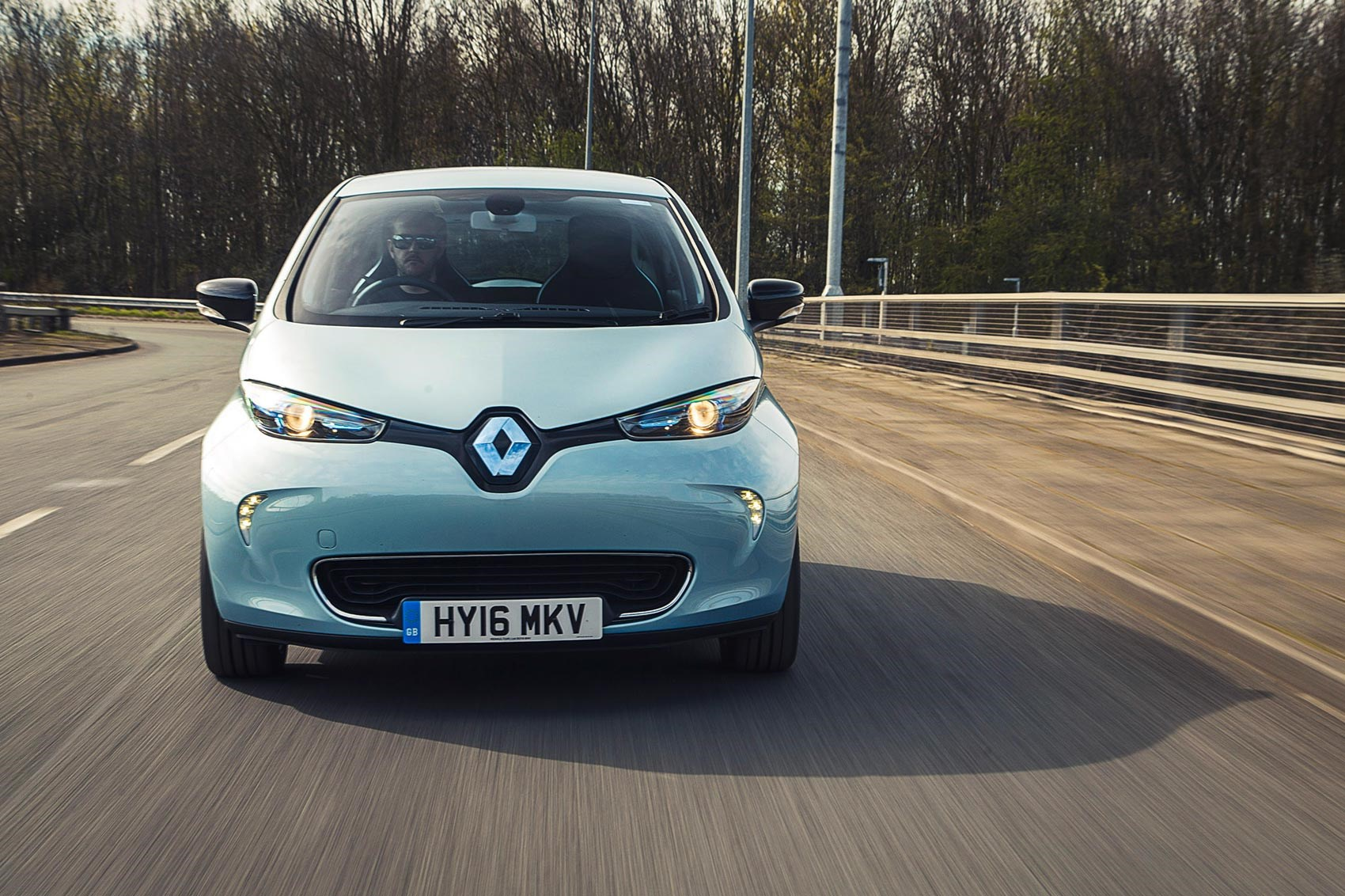 renault zoe 2017 long term test the final report by car magazine. Black Bedroom Furniture Sets. Home Design Ideas