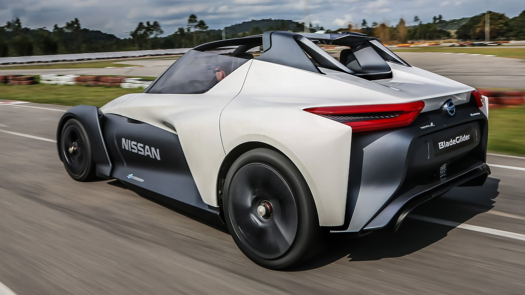 Nissan Leaf Lease >> Nissan BladeGlider concept (2016) first ride review | CAR Magazine