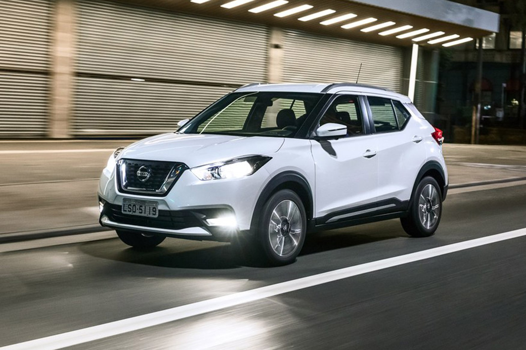 Creta 2017 White >> Nissan Kicks SL 1.6 16v (2016) review | CAR Magazine