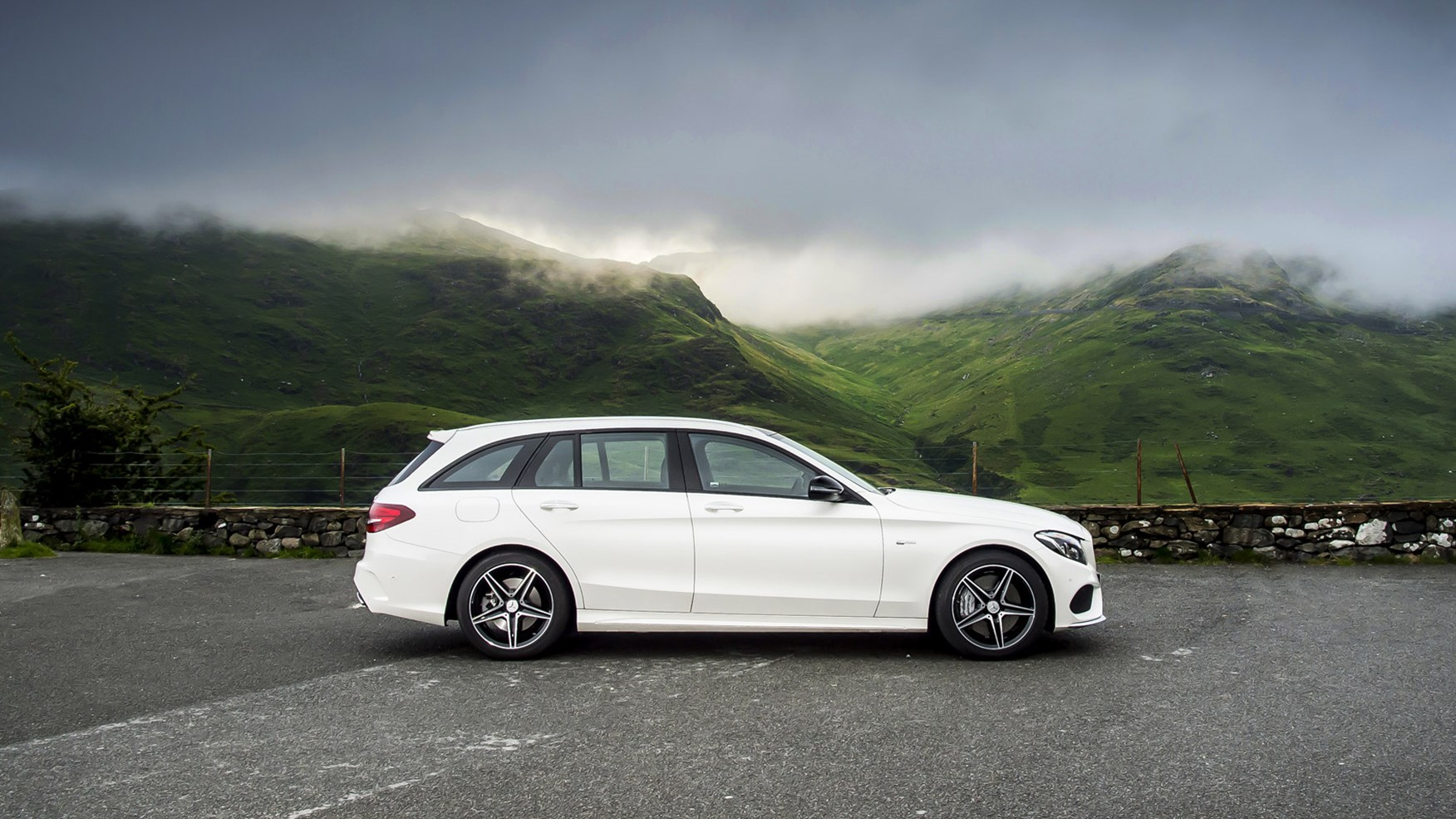 Mercedes Amg C43 4matic Estate 2016 Review By Car Magazine