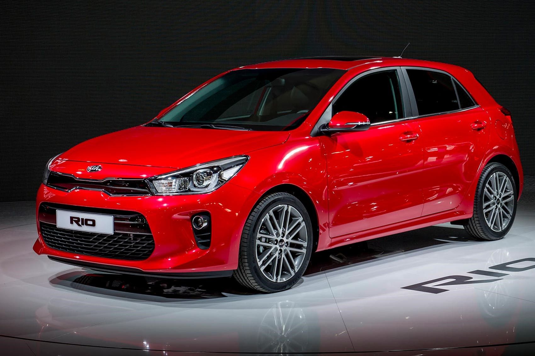 new kia rio revealed latest on kia s upcoming fiesta. Black Bedroom Furniture Sets. Home Design Ideas