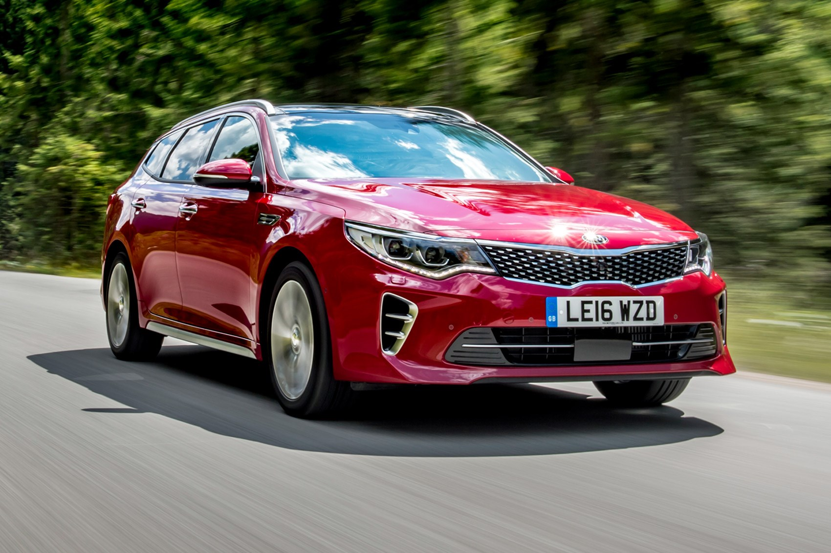 kia hybrid optima gt line cars sportswagon hybrids second hand